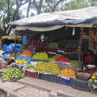 Outdoor fruit & vegetable market stand